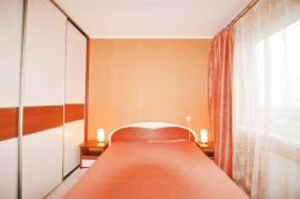 Trijų kambarių butas, Ašigalio