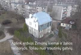 Nuosavas namas netoli Vilniaus centro, Minties