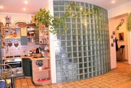 Parduodamas nestandartinio interjero 3 kambarių butas Petrašiūnuose R. Kalantos g., R. Kalantos