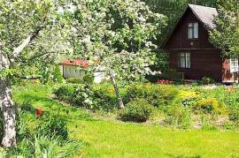 Parduodamas sodo namas., Šermukšnių