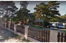 Parduodami svečių namai Palangoje.