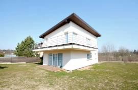Nuostabios gamtos apsuptyje parduodamas naujas B energetinės naudingumo klasės namas Vilniuje!