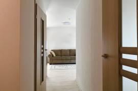 PARDUODAMAS NAUJOS STATYBOS NAME 2 - jų kambarių butas Paryžiaus Komunos g.