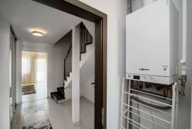 Parduodamas 4 kambarių butas/kotedžas Klevinėje, Vilniaus raj.