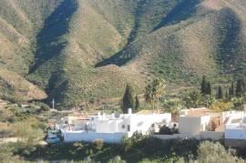 vila kalnu kurorte prie Vidurzemio juros, los jardines de agua