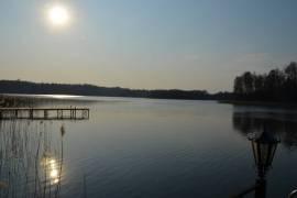 Unikali sodyba ant ežero kranto