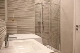Naujas, jaukus, kokybiškai įrengtas 3-4 kambarių butas, Karaliaučiaus g.