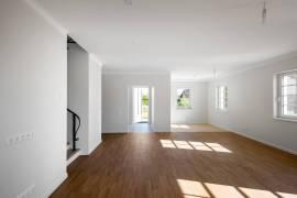 Prestižinėje vietoje – Parduodamas NAUJAS modernus - stilingai įrengtas namas!, Žalioji .g