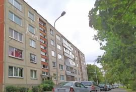 Parduodamas 33,1 kv. m. 1 k. butas Vido Maciulevičiaus g.\nŠviesus, rami vieta, atokiau nuo judrių g