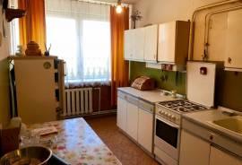 PARDUODAMAS 4 kambarių butas ŽIEŽMARIUOSE, Kaišiadorių raj.\n\nButas puikiai tinka investicijai arba
