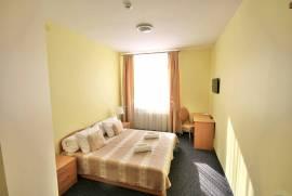 Parduodamas 3 žvaigždučių viešbutis su veikiančiu verslu Utenoje