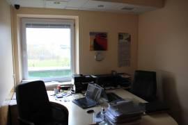 Patalpų nuoma prie AKROPOLIO! Idealiai tinka biuro, prekybinės, paslaugų paskirčiai. Didelis srautas