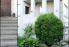 Parduodamas mūrinis namas Kauno r. sav., Domeikavos k., Pavasario g., Pavasario g. 12